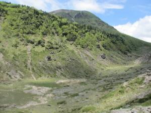 白根山南の砂地