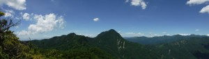 鋸山と皇海山