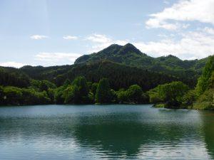 この娘たちを古賀志山で自己防御のできる山ガールにしてあげたい。