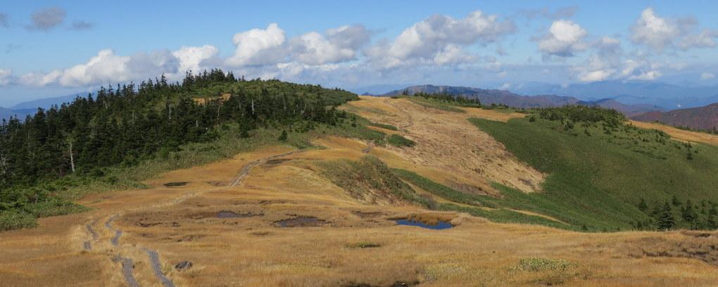 2登目の会津駒ヶ岳はキリンテから登って滝沢へ下るロングコース。中門岳の大展望に圧倒される。