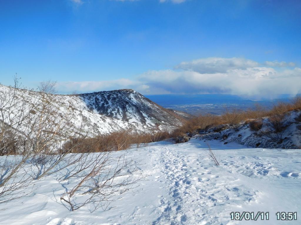 雪は麓の方が多い