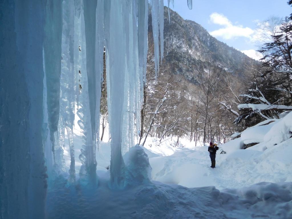 氷瀑の裏側
