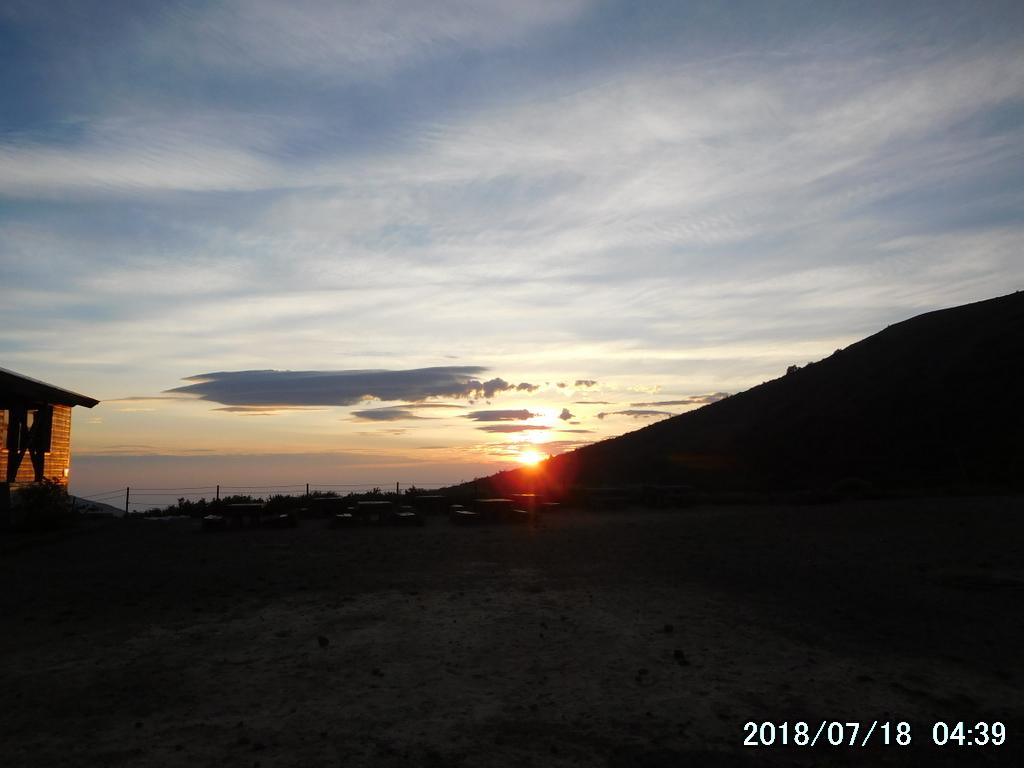 福島遠征、2日目は一切経山他5座 23キロ縦走。多くの湿原に癒される。