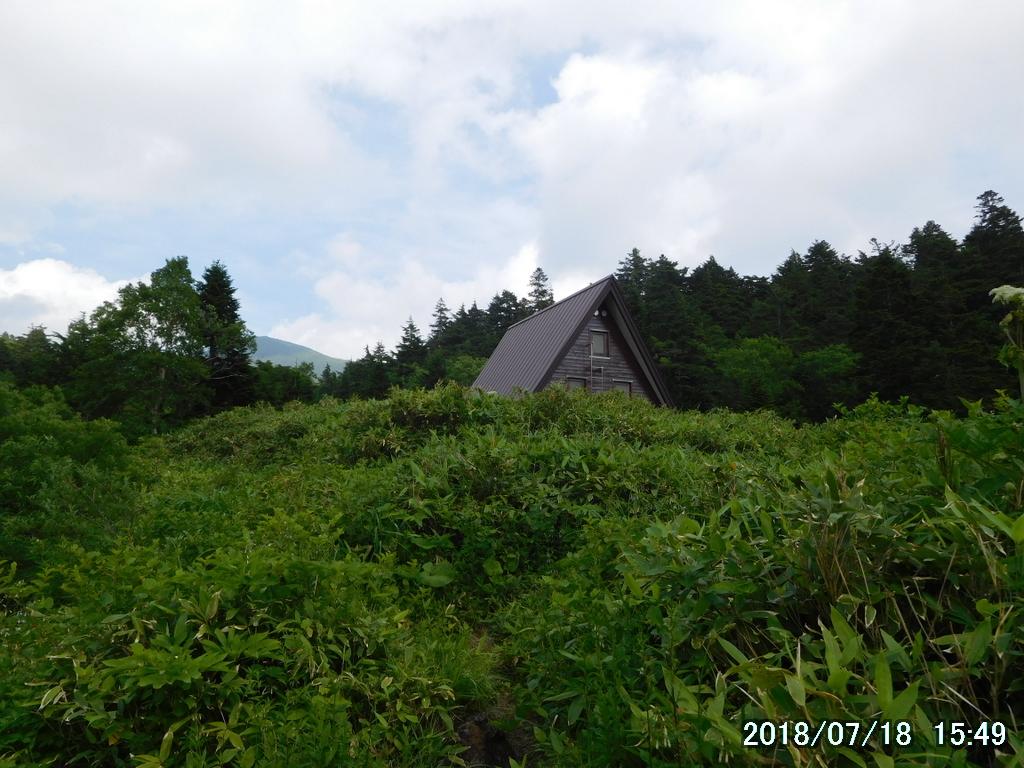 谷地平避難小屋