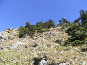 山頂直下の急斜面