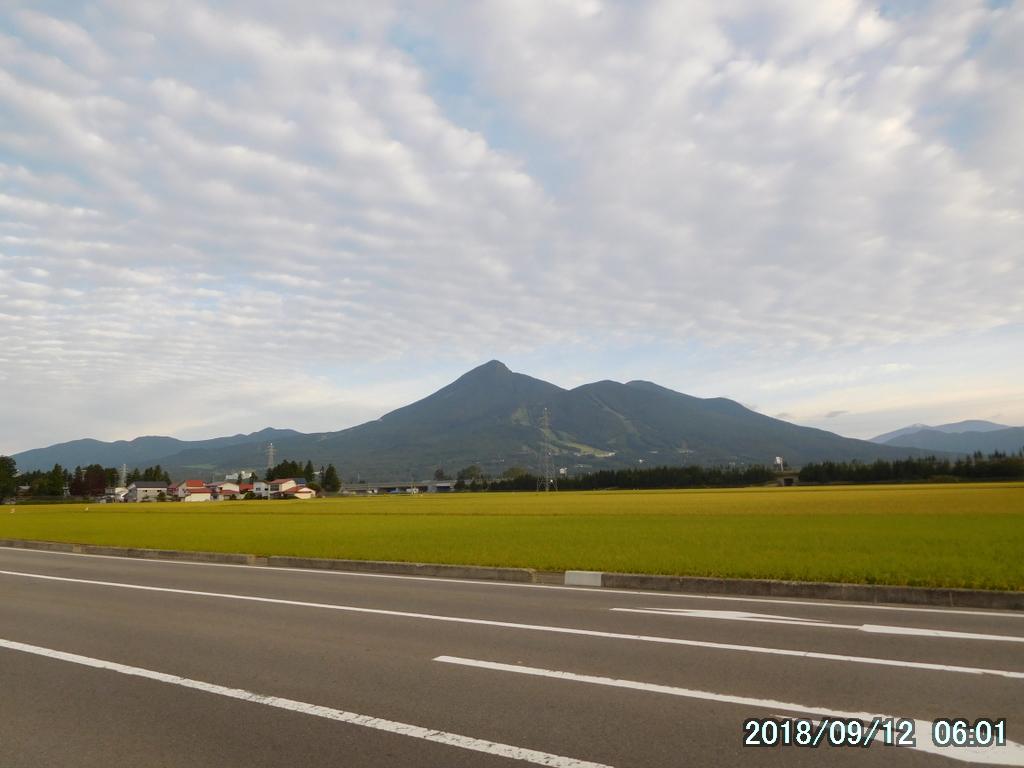 磐梯山初日は猪苗代から登って翁島へ下るロングルートで。