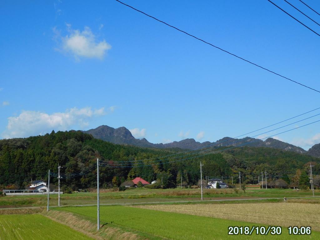 10月は古賀志山記念日。東南稜を登って御嶽山でホットサンドを食す。
