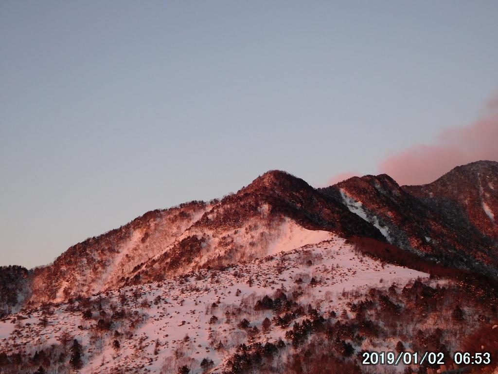 これからあの赤薙山へ