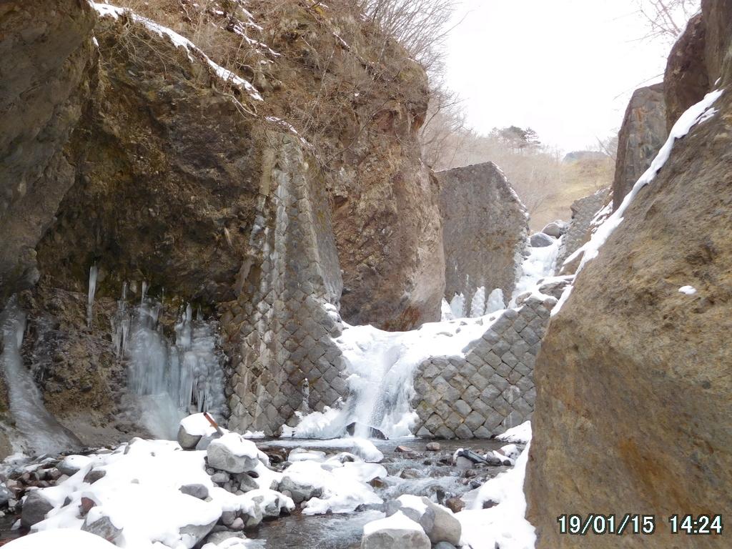 石積みの堰堤