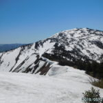 南会津町の窓明山。あまりの厳しさに三岩岳を諦めて下山。