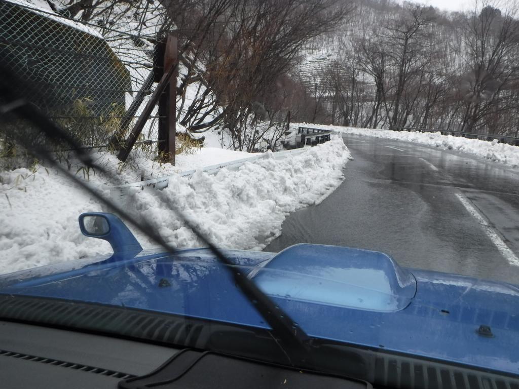 スノーシューで雪雨後の奥日光・小峠まで。