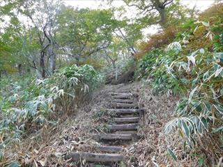 霧降高原・丸山での滑落死亡事故とその対応について思うこと。